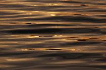 Goldenes Meer, vergoldete Wellen by fotaria