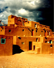 Taos Pueblo von Kathleen Stephens