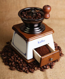 Coffee-mill-3