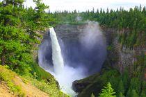 HHelmcken Falls im Wells Gray Provincal Park by Marita Zacharias