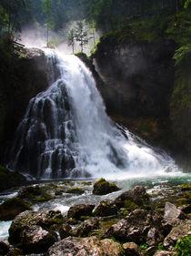 Wasserfall in den Alpen by Wolfgang Dufner