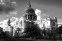 St Paul's Cathedral in mono von Rob Hawkins