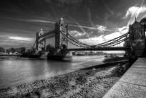 Tower Bridge in Mono by Rob Hawkins