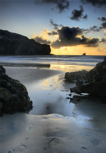 Trevaunance Cove, St Agnes, Cornwall by Simon Gladwin