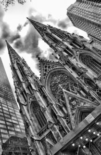 St Patricks Cathedral NYC by Simon Gladwin