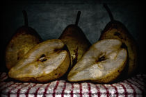 Pears by Simon Gladwin