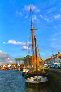 In the harbour by Mark Bunning