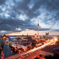 Berlin Evening by bromberger