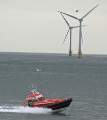 Lifeboat-wind-turbine