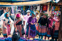 colorful market von Arno Kohlem