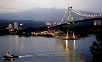 Lions Gate Bridge Vancouver by dagino