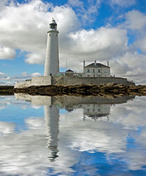 Lighthouse Reflection II von David Pringle