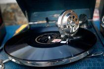 Vinylophone von gerardchic